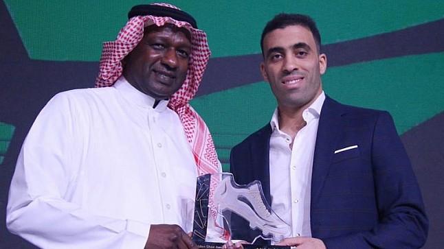 تتويجُ حمدالله بجائزتي أفضل لاعب بالدوري السعودي والحذاء الذهبي