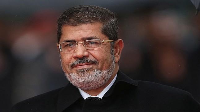 عادل بنحمزة ..موت مرسي درس في مكر التاريخ ومكر السياسة