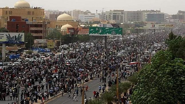 قتلى في مظاهرات حاشدة في شوارع السودان