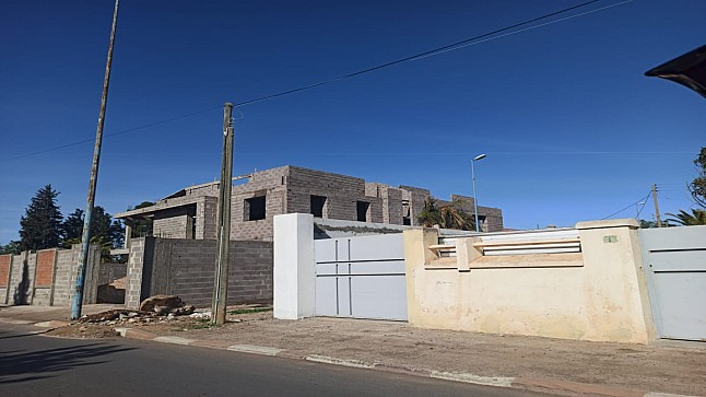 بلدية خريبكة تمنح رخصة بالخطأ وبناية تغير معالم حي الفوسفاط