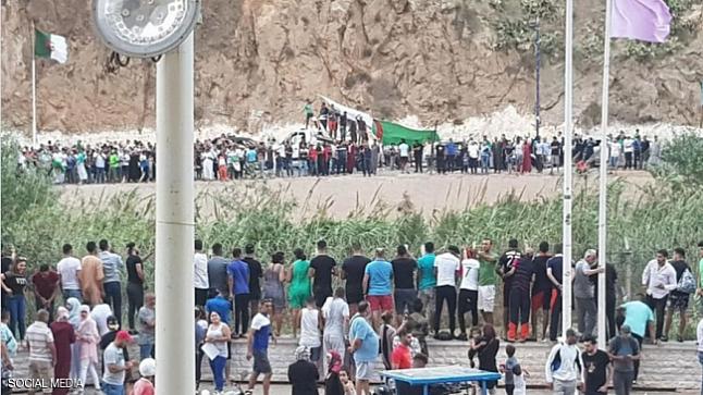 بعد فرحة الكان .. صحيفة بريطانية تنعش آمال فتح الحدود بين المغرب والجزائر