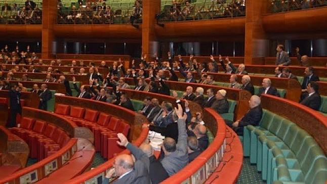 لجنة التعليم بمجلس المستشارين تصادق بالأغلبية على مشروع قانون فرنسة التعليم