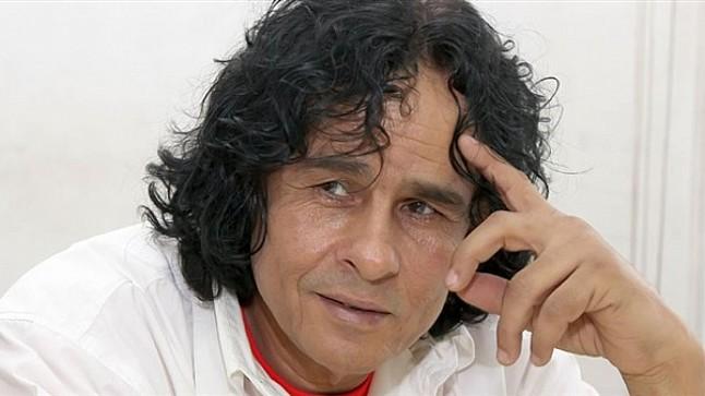 """وفاة الفنان المصري علي حميدة صاحب أغنية """"لولاكي"""" بعد صراع طويل مع المرض"""