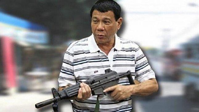 رئيس الفلبين يدعو مواطنيه لإطلاق النار على المسؤولين الفاسدين