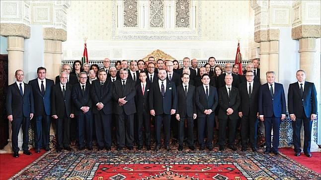 رسميا .. أول وزيرة تغادر حكومة العثماني