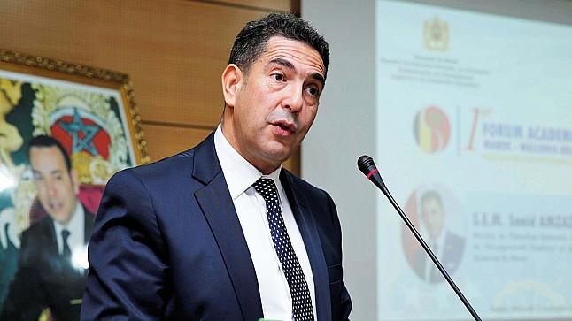 وزارة التربية الوطنية تفتح باب التسجيل القبلي لاجتياز مباريات التوظيف بالتعاقد