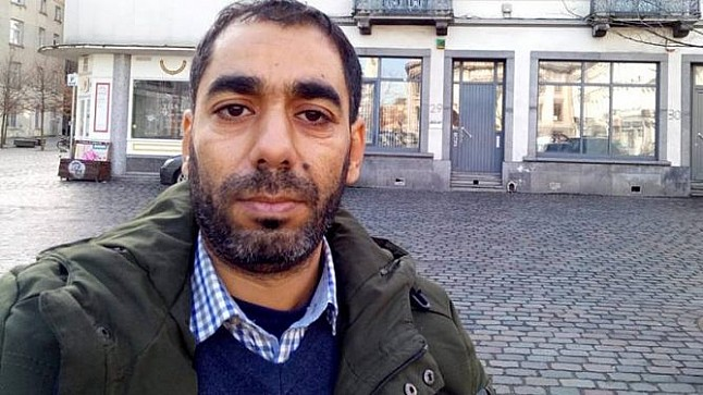 """الصحافي المغربي """"الحسناوي"""" يصل السويد طالبا اللجوء السياسي"""