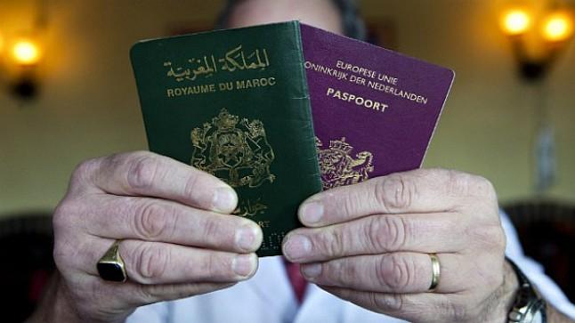 """مغاربة بـ""""هولندا"""" يطلبون إسقاط جنسيتهم """"الأصلية"""" والاكتفاء بالهولندية"""