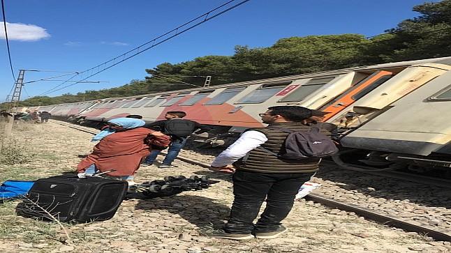 قطار يخرج عن سكته في بوسكورة ويتسبب في هلع في صفوف الركاب