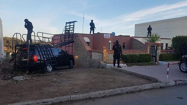"""عاجل : """"البسيج"""" يفكك خلية إرهابية مسلحة بضواحي الدار البيضاء"""