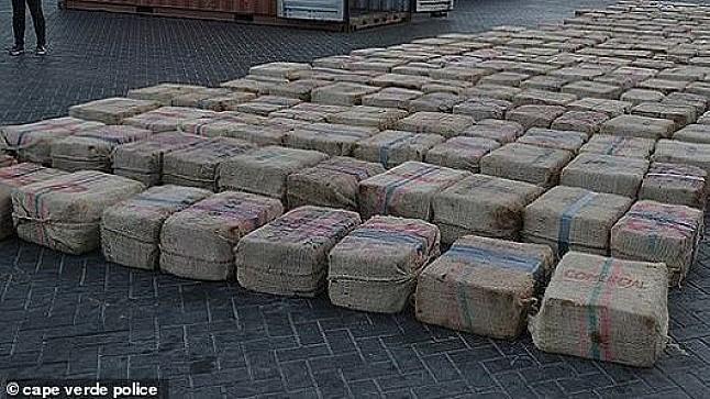 تمارة: عملية أمنية تنتهي بحجز حوالي نصف طن من الكوكايين