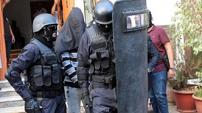 """البسيج"""": إيقاف أحد المتطرفين الموالين لـ""""داعش"""" ينشط بمدينة سلا"""