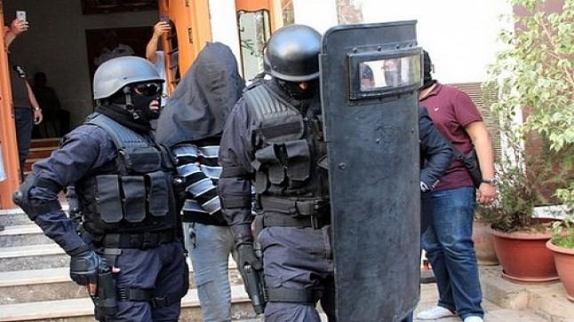 عـــاجـــل.. الأجهزة الأمنية بالداخلة تعـتقل شخصا بشبهة صلته بالإرهاب