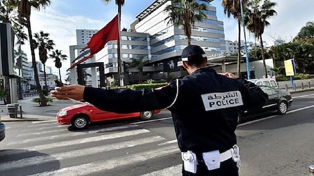 الدار البيضاء.. شرطي يتعرض للسرقة بعد تهديده بالسلاح الأبيض