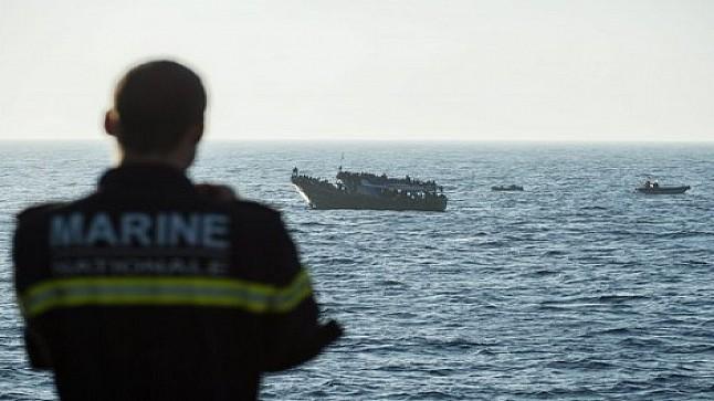 إنقاذ 200 مهاجر غير نظامي بالسواحل الإسبانية