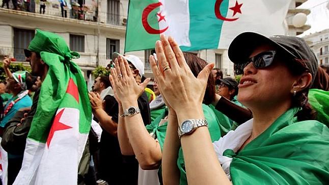 الحراك الشعبي يرفع الجزائر في مؤشر الديمقراطية