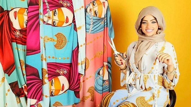"""اعتقال المغربية عايشة عياش المتهمة في قضية """" حمزة مون بيبي """" بمطار دبي"""