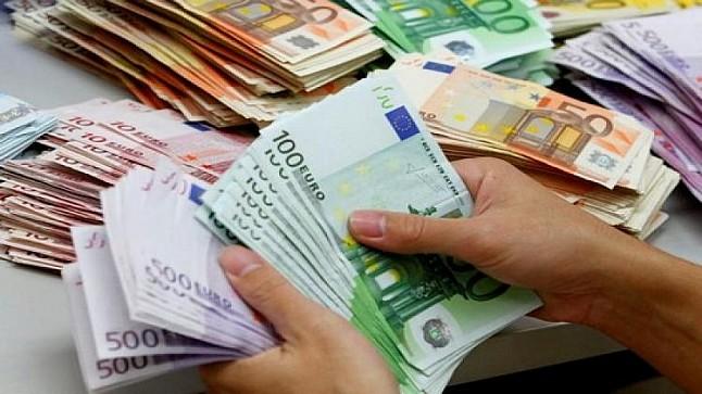 """""""مندوبية التخطيط"""": 40% من المهاجرين المغاربة يحولون أموالا لأسرهم"""