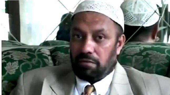 شاهد لحظة محاولة اغتيال نجل الداعية أحمد ديدات بالرصاص