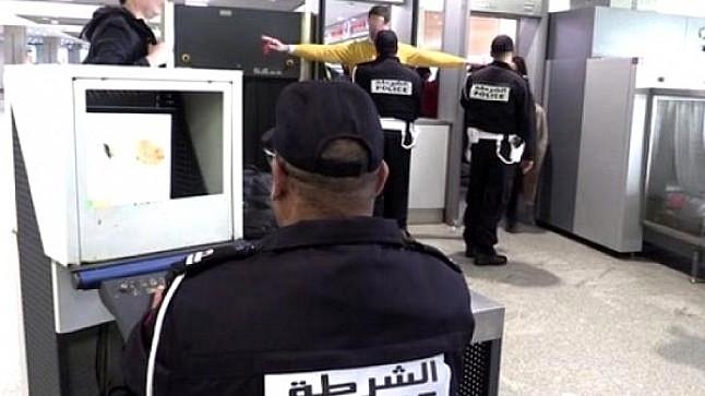 إيقاف فرنسيتين بمطار مراكش بحوزتهما 29 كلغ من الحشيش
