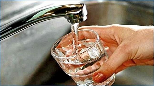 """""""ONEP"""" يكشف حقيقة اعتزامه تقليص مدة التزويد بالماء الشروب"""
