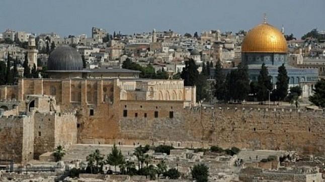 مسؤول فلسطيني يشيد بجهود الملك في نصرة القدس ودعم المقدسيين