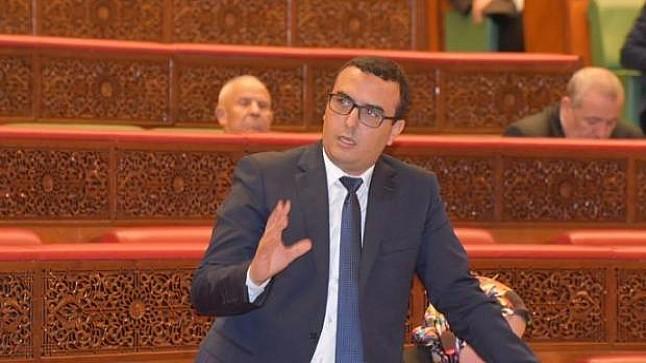 فضيحة كبرى : وزير التشغيل يتهم مدارس خاصة باستخلاص الملايير بدون وجه حق
