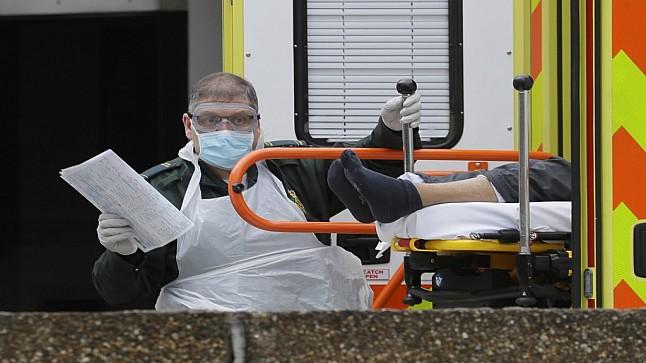 """بريطانيا تسجل أعلى عدد وفيات فيروس """"كورونا"""" في يوم واحد"""