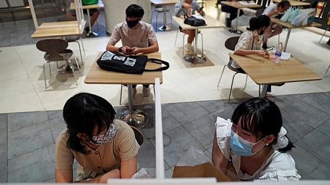 جامعة أكسفورد: فرص نجاح لقاح فيروس كورونا 50 في المائة فقط