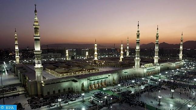 المسجد النبوي يعيد فتح أبوابه للمصلين بعد إغلاق دام أكثر من شهرين