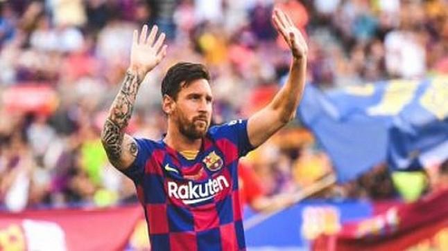 رسميا… ميسي يخطر إدارة برشلونة برحيله عن النادي
