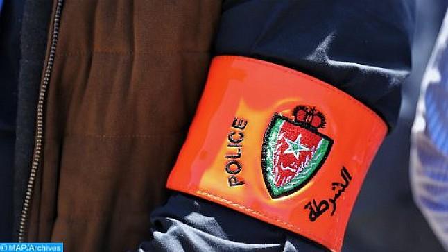 شرطي يستخدم سلاحه الوظيفي لتوقيف شخصين عرضا أمن الاشخاص للخطر