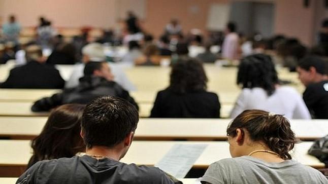 """التقدم والاشتراكية"""" يسائل اعويشة حول التدابير المتخذة لاجتياز الامتحانات الجامعية"""