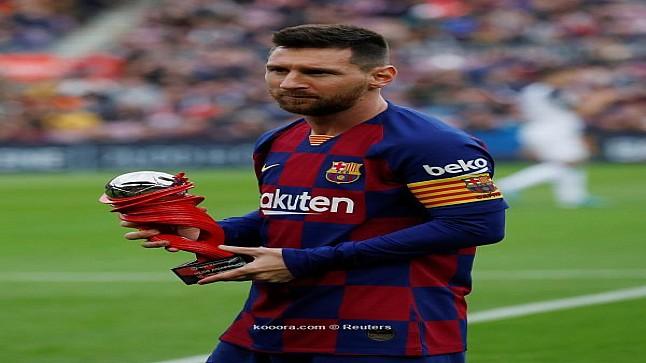 بعد مطالبته بالرحيل… ميسي يقدم اعتذاره لجماهير برشلونة الإسباني