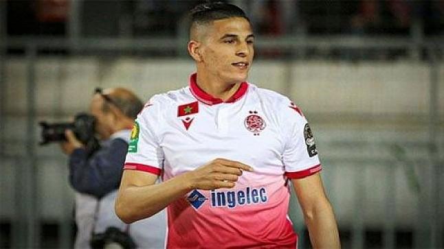 نادي العين السعودي يتعاقد رسميا مع المدافع المغربي محمد الناهيري