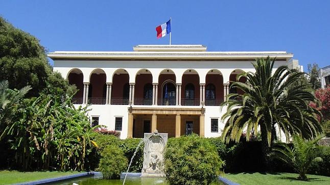 قنصل فرنسا بطنجة ينتحر شنقا وسط غرفته بالقنصلية