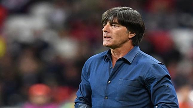 بعد الخسارة بسداسية.. المنتخب الألماني يجدد الثقة في لوف