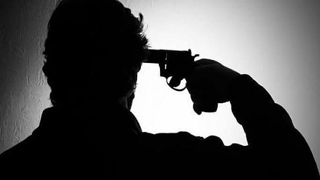 العيون: ضابط شرطة ينتحر برصاصة من سلاحه الوظيفي