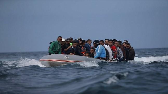 شباب مغاربة وجزائريون يقضون غرقا بسواحل مدينة وهران