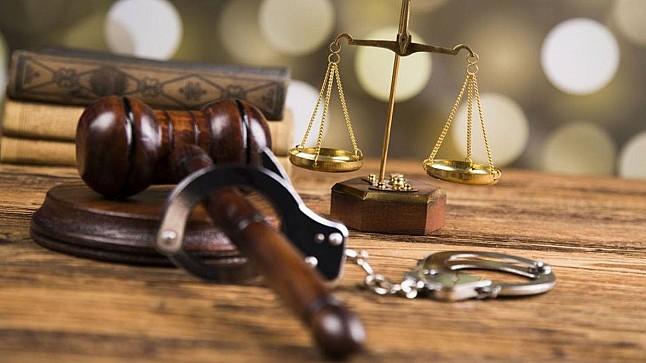 محكمة تايلاندية تقضي بسجن ثلاثة وزراء بتهمة قيادة احتجاجات