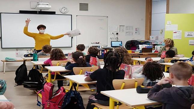 فرنسا: ارتفاع إصابات التلاميذ بكورونا إلى 40%