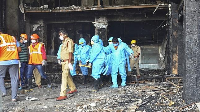 مقتل 6 أشخاص في حريق بمستشفى لعلاج كورونا بالهند