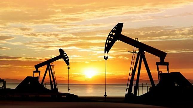 ارتفاع أسعار النفط بعد تعطيل الصادرات الليبية من الخام